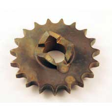 19 TOOTH CHAIN SPROCKET ON ENGINE SHAFT